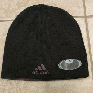 Adidas youth fit reversible winter hat